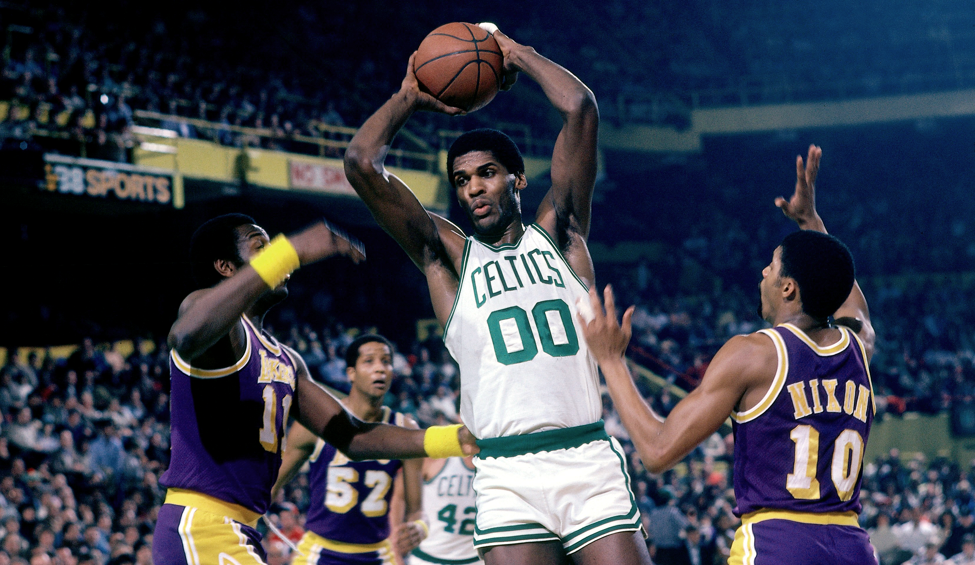 legends-robert-parish.jpg